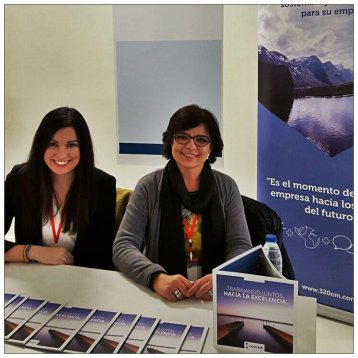 He aquí nuestras compañeras Tatiana Gaudes (izq.) y Gloria Codinas (dcha.)