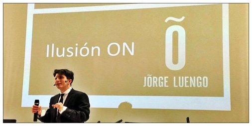 El mago y conferenciante Jorge Luengo habló de motivación y confianza